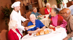 Assisted Living Dining, Assisted Living Hendersonville, Senior Living